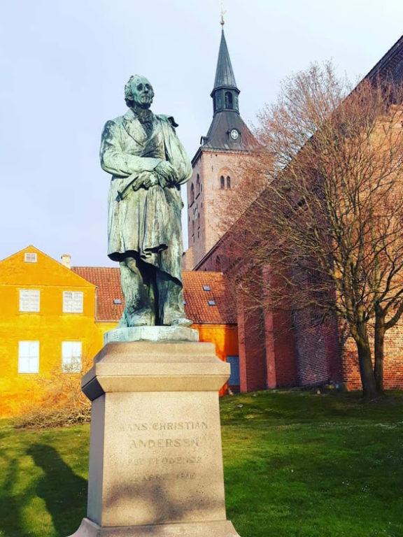 Se hvordan H.C. Andersens 215 års fødselsdag fejres